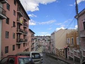011 Quito 11-08-2015