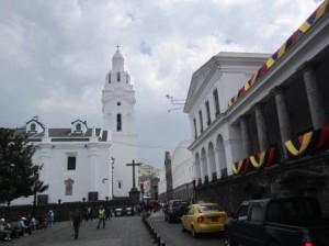 016 Quito 11-08-2015