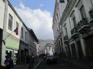 024 Quito 11-08-2015