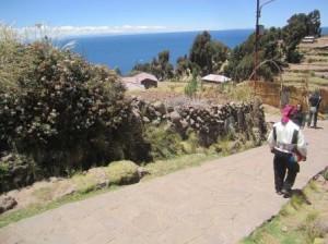 032 Puno-Lac Titicaca-île Taquile 27-09-2015
